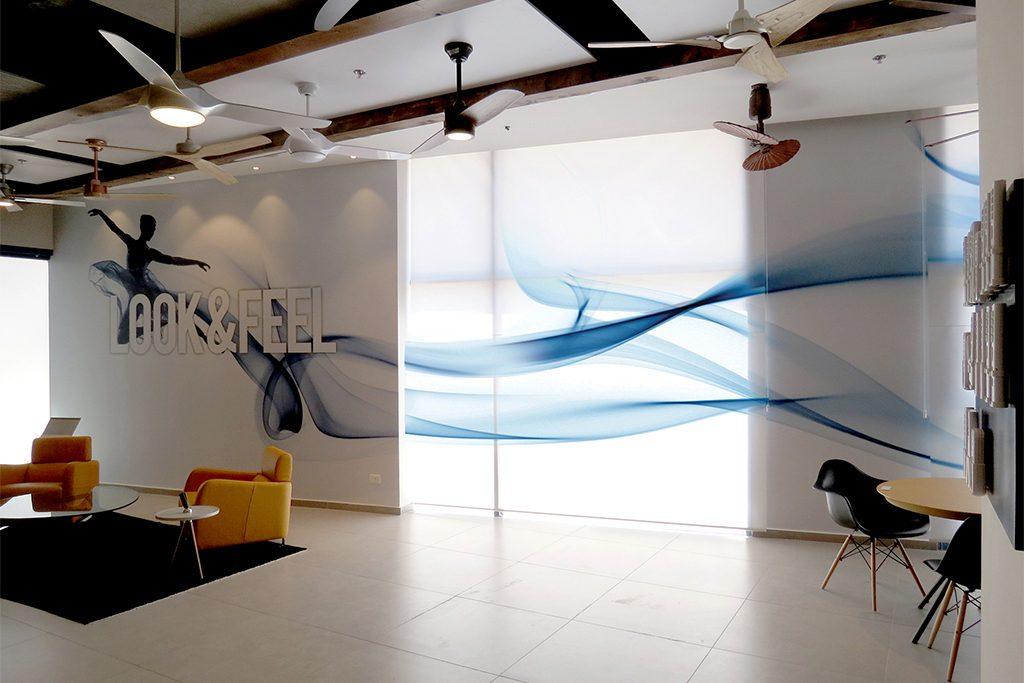 לוחות מחיקים על קירות משרדים - הטרנד החדש